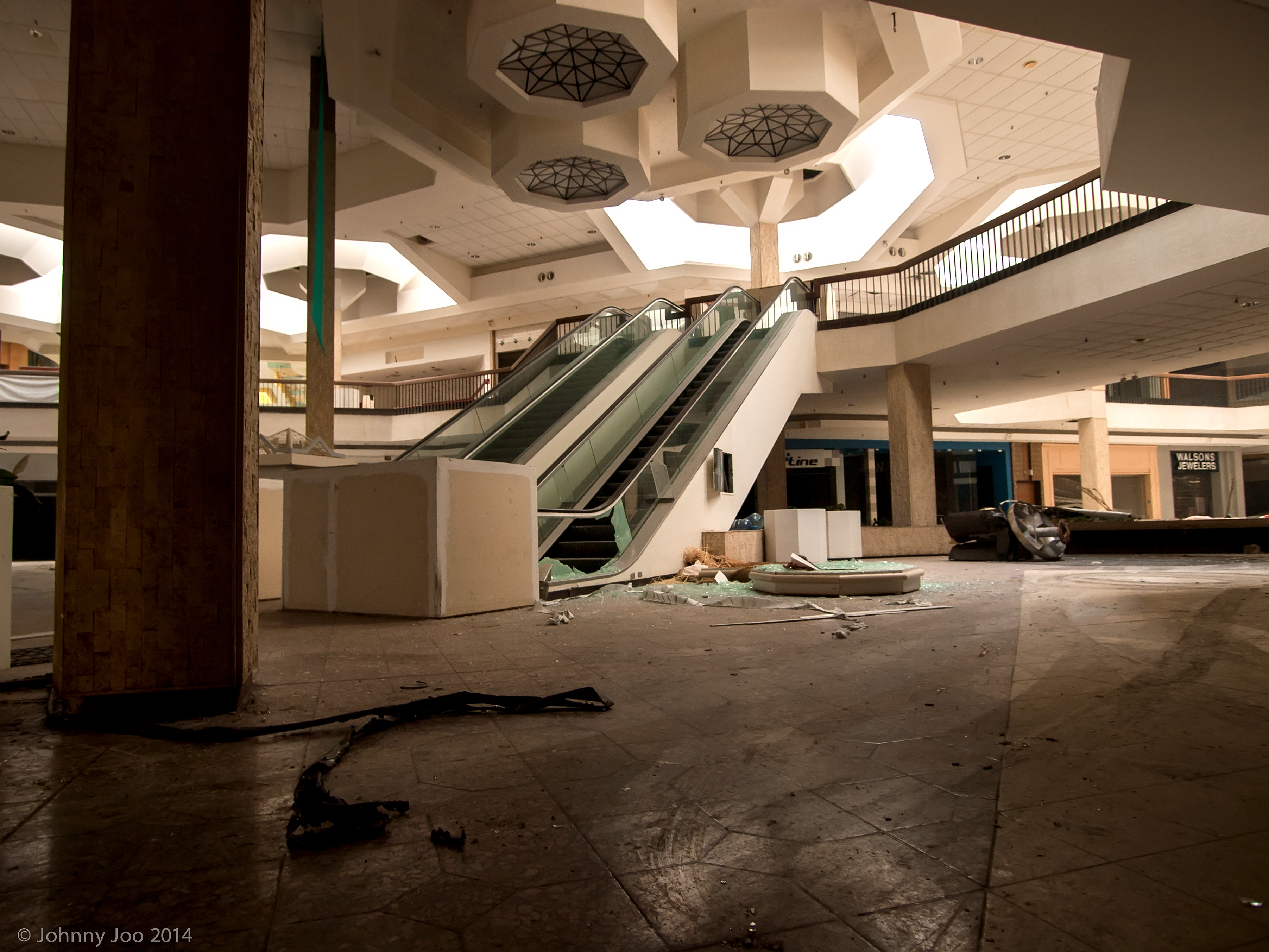 The Very Loud Silence Of An Abandoned Mall Architectural